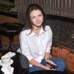 Яна Карлова